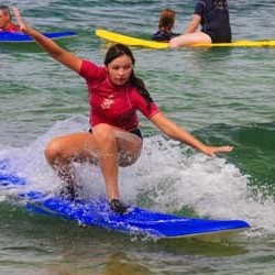 aloha-surf-lessons-standing-up