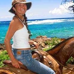 cjm-stables-kauai-horseback-riding-ocean