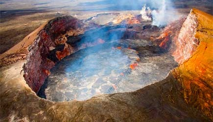 helicopter tour over kilauea