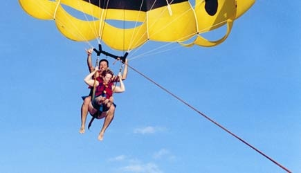 oahu parasailing