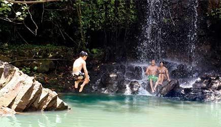 Kalihiwai Falls